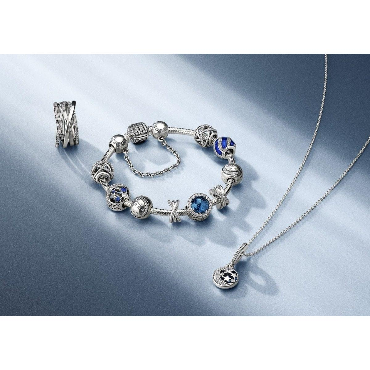 The PANDORA Christmas collection has landed