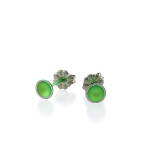 Ti2 Titanium 6mm Domed Stud Green Earrings