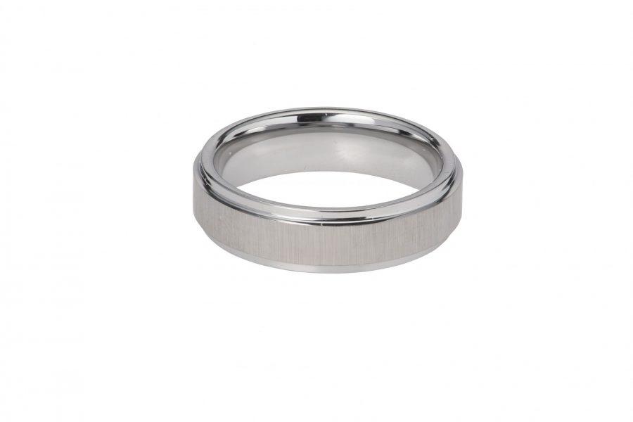 Unique Gents Tungsten Ring Size 64